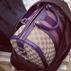 I need this bag in my life! ♥ : Purple is my favorite color