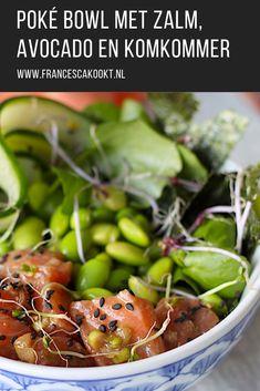 Gezond recept voor Poké bowl met zalm, avocado en komkommer. Voor 4 personen als lunch of lichte avondmaaltijd #pokebowl