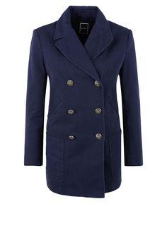 Kurzmantel im Marine-Look von s.Oliver. Entdecken Sie jetzt topaktuelle Mode für Damen, Herren und Kinder und bestellen Sie online.
