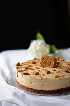 Speculoos Cheesecake - I have a real adoration for cheesecakes. I am fascinated by all the tastes, all the textures that i - Biscoff Recipes, Cheesecake Recipes, Cheesecake Speculoos, Cheesecakes, Scones Ingredients, Salty Cake, Food Cakes, Savoury Cake, Clean Eating Snacks