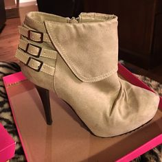 Light Taupe Booties Light taupe suede booties with zipper on inside Charlotte Russe Shoes Ankle Boots & Booties