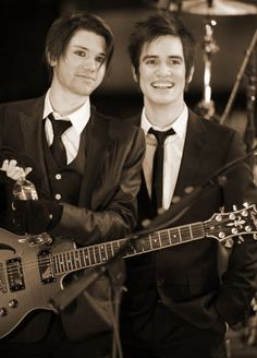 panic! at the disco | Tumblr >>> RYAN )': But look how young and cheerful brendon looks ! I miss Ryan