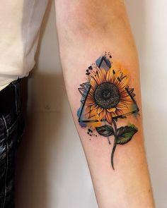 Best Sunflower Tattoo Designs In 2020 Unique tattoo – Fashion Tattoos Wolf Tattoos, Up Tattoos, Body Art Tattoos, Tatoos, Camera Tattoos, Circle Tattoos, Stomach Tattoos, Triangle Tattoos, Ankle Tattoos