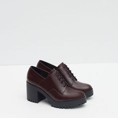 Image 2 of TRACK SOLE BLUCHERS from Zara