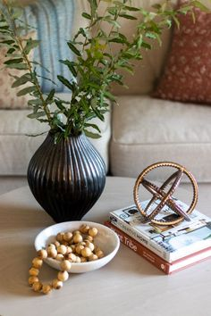 The Basics of Coffee Table Styling - Shades of Blue Interiors Coffee Table Decor Living Room, Living Room Candles, Coffee Table Plants, Blue Coffee Tables, Glam Living Room, Coffee Table Styling, Small Coffee Table, Coffee Table Books, Decorating Coffee Tables