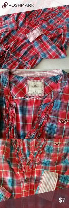 Hollister Plaid Long Sleeve Ruffle Top Size Small ..Pink..Red and Blue Plaid ..Ties in middle for bottom ruffle. Button up Hollister Tops Button Down Shirts