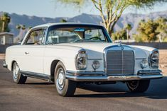 Bid for the chance to own a 1967 Mercedes-Benz Coupe at auction with Bring a Trailer, the home of the best vintage and classic cars online. Mercedes Benz World, Old Mercedes, Mercedes S Class, Classic Mercedes, Classic Fords For Sale, Classic Ford Trucks, Benz S, Maybach, Classic Cars Online