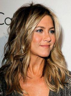 jennifer anniston hair color   Jennifer Aniston As