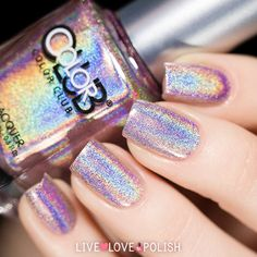 Such a delicious pinkish purple holographic!