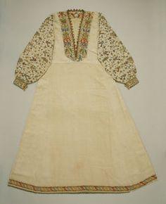 16th century Italian undershirt.