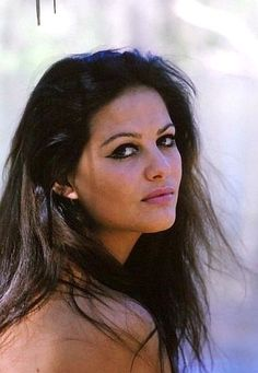 Claudia Cardinale (vk) Hollywood Icons, Hollywood Actor, Classic Hollywood, Old Hollywood, Claudia Cardinale, Timeless Beauty, Classic Beauty, Sicilian Women, Vintage Playmates