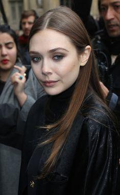 Elizabeth Olsen Photo - Celebs Love Louis Vuitton