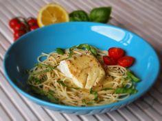 Kabeljauw met witte wijn-vadouvansaus Spaghetti, Ethnic Recipes, Food, Nice, Essen, Meals, Nice France, Yemek, Noodle