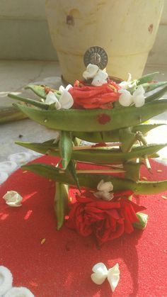 Radhsaptami Diy Diwali Decorations, Wedding Stage Decorations, Festival Decorations, Flower Decorations, Festival Rangoli, Silver Pooja Items, Pooja Room Design, Rangoli Ideas, Diwali Diy