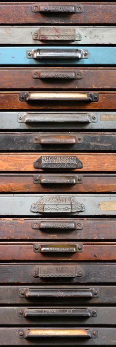 16 Type Drawer Pulls.
