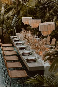 DESIGN TRENDS NgLp Designs shares The Venue Report the natural look with pampas grass and Read More floral arrangements dried florals outdoor garden wedding ideas b.