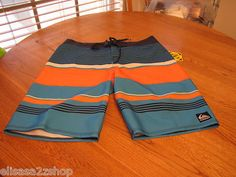 Men's Quiksilver surf board shorts 33 airtight 21 4 way stretch water repellent