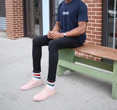 514bc2989a0f SUPREME Yankees Box Logo Tee x GUCCI Socks x Common Projects Achilles Low