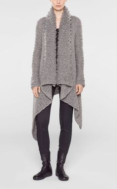 Long cardigan with pin