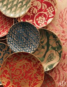 Mariano Fortuny designs used on tableware...