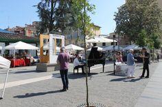 Lemons as Big as Your Head (Piazza, Sorrento)   TigSee