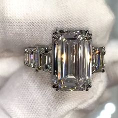 Vintage engagement rings 306385580901130539 - Jewellery: Eric the Jeweler Source by Cinderella Engagement Rings, Dream Engagement Rings, Engagement Ring Cuts, Emerald Cut Engagement, Emerald Cut Rings, Emerald Cut Diamonds, Bling, Marquise Diamond, Schmuck Design