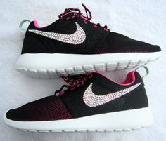 Nike Roshe Run Shoes - Women
