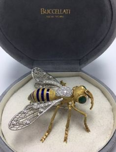 Buccellati Bee Brooch with Emeralds and Diamonds