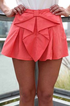 2aa5ba72eec Coral pleated shorts Bow Shorts