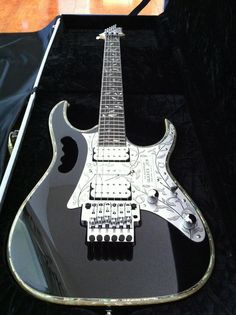 IBANEZ Black with Binding 10th Anniversary JEM10