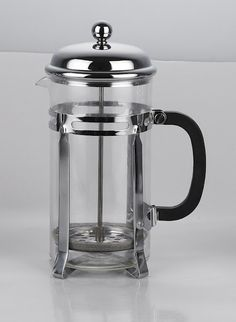 french press {and how to brew coffee with the french press method}