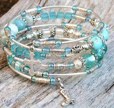20.Memory Bracelet gypsy style. Metal glass beads por DesignLA