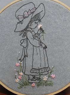 Wonderful Ribbon Embroidery Flowers by Hand Ideas. Enchanting Ribbon Embroidery Flowers by Hand Ideas. Embroidery Hoop Crafts, Hand Embroidery Stitches, Silk Ribbon Embroidery, Hand Embroidery Designs, Vintage Embroidery, Embroidery Thread, Embroidery Applique, Cross Stitch Embroidery, Embroidery Patterns