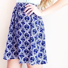 | new | blue pattern skirt offers welcome size extra small new without tag blue pattern skirt with elastic in waist and back zipper. •870633•  website: XOmandysue.com  sign up for surprise, stylist-curated monthly looks based on your style! use code first25 to get your first outfit for just $25!  instagram: XOmandysue Skirts Mini