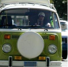 Teri Hatcher Volkswagen Bus