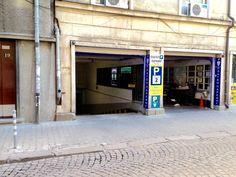 #parking Hristo Belchev 19 #Sofia #streetphotography https://www.facebook.com/Vitosha.Boulevard.Sofia/photos/a.394613117290527.94860.394609830624189/1112853088799856/?type=3&theater  Реклама на недвижими имоти