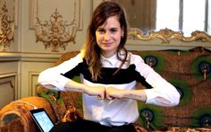 Style crush: Christine and the Queens. Thea Queen, Christina And The Queens, Vanity Fair, Parle Avec Elle, Queen Videos, Rap, Big Crush, Woman Crush, Just Love