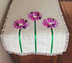 No Sew Loopy Ribbon Flower Burlap TableRunner