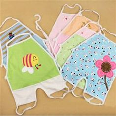 Flowers Pattern Halter Cotton Baby Apron Bib with Feet