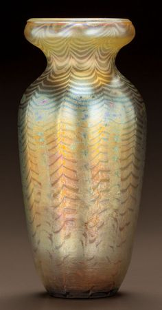 Art Glass:Tiffany , TIFFANY STUDIOS GOLD FAVRILE GLASS VASE. Circa 1900. EngravedL.C.T, 271. Ht. 10-1/2 in.. ... Image #2