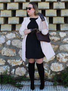 Lady Look. Look NEGRO & ROSA CUARZO.  CURVY Girl· Trendy Curvy - Plus Size Fashion Blog #loslooksdemiarmario #winter #primark #violetabymango #outfitcurvy #invierno #look #lookcasual #lookschic #tallagrande #curvy #plussize #curve #fashion #blogger #madrid #bloggercurvy #personalshopper #curvygirl #LBD #lookinvierno #lady #chic #looklady #abrigorosa #black #rosacuarzo #lookconvestido #look #outfit #lookrosaynegro #overkneeboots #littleblackdress #navidades #christmas #cristmaslook #ymidedal