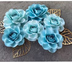 Because I love these roses I made for my client @adxoxox_ The two shades of blue look so good together