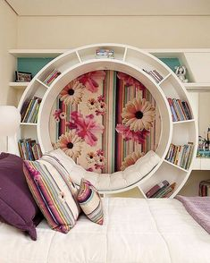 29 Awesome Teen Girl Bedroom Ideas That Are Fun And Cool Tween Girls Bedroom Awesome Bedroom Cool Fun Girl Ideas Teen Cute Bedroom Ideas, Cute Room Decor, Girl Bedroom Designs, Room Ideas Bedroom, Awesome Bedrooms, Bedroom Furniture, Find Furniture, Dream Rooms, Dream Bedroom