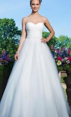 Sincerity 3866 14: buy this dress for a fraction of the salon price on PreOwnedWeddingDresses.com