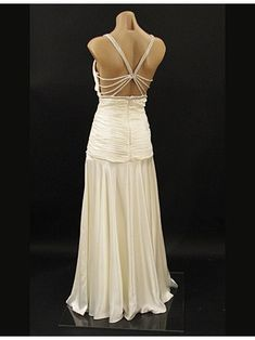 The back view of 30s old hollywood style glamor gown, ivory satin vintage style wedding dress