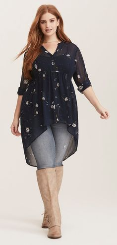 Plus Size Hi-Lo Tunic - Plus Size Fashion for Women Source by lindatornamb sized fashion for women Women's Plus Size Jeans, Look Plus Size, Plus Size Girls, Plus Size Casual, Plus Size Women, Mode Outfits, Fashion Outfits, Womens Fashion, Fashion Trends