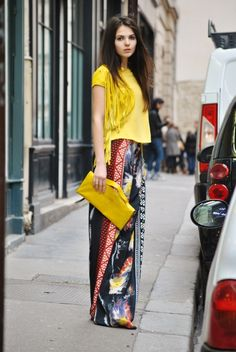 Lotus Resort Wear's Suggest Fashion Look from the Web!  Sarong Skirt + Pops of Sunshine. (Don't let the model fool you, this look would be great on women from 20 - 70!)