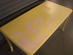 Reverse stencil table