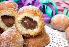Italian Carnival doughnuts: castagnole al mascarpone e nutella Best Nutella Recipes, Donut Recipes, Sweets Recipes, Fun Desserts, Cake Recipes, Sweet Corner, Italian Cookies, Chocolate Desserts, Italian Recipes
