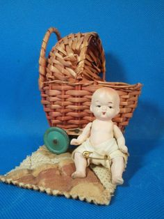 "OLD STRAW BABY CARRIAGE WITH BABY - MINIATURE - 3"" OCCUPIED JAPAN BISQUE BABY"
